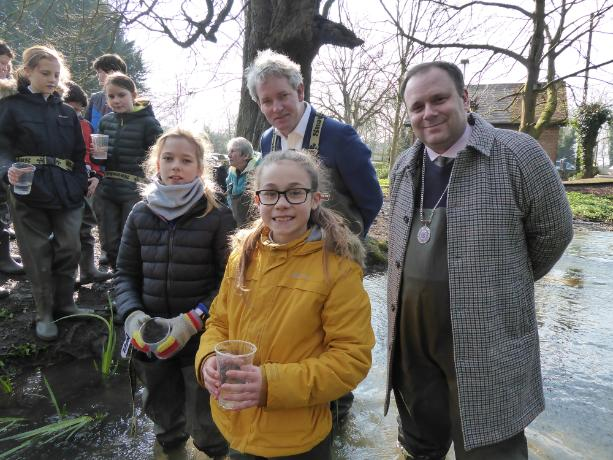 ARK Trout in School release day with Ogbourne Primary 06-03-2020 (16)